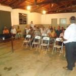 Reunidos no Centro Comunitário, os cooperados de Divisa ouviram as propostas para  a COOPA em 2013.
